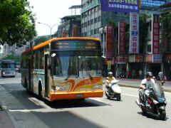 台湾21 - バス : 台北地区のバ...
